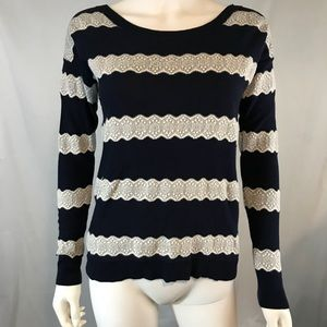 American Eagle Outfitters Women's Small Sweater